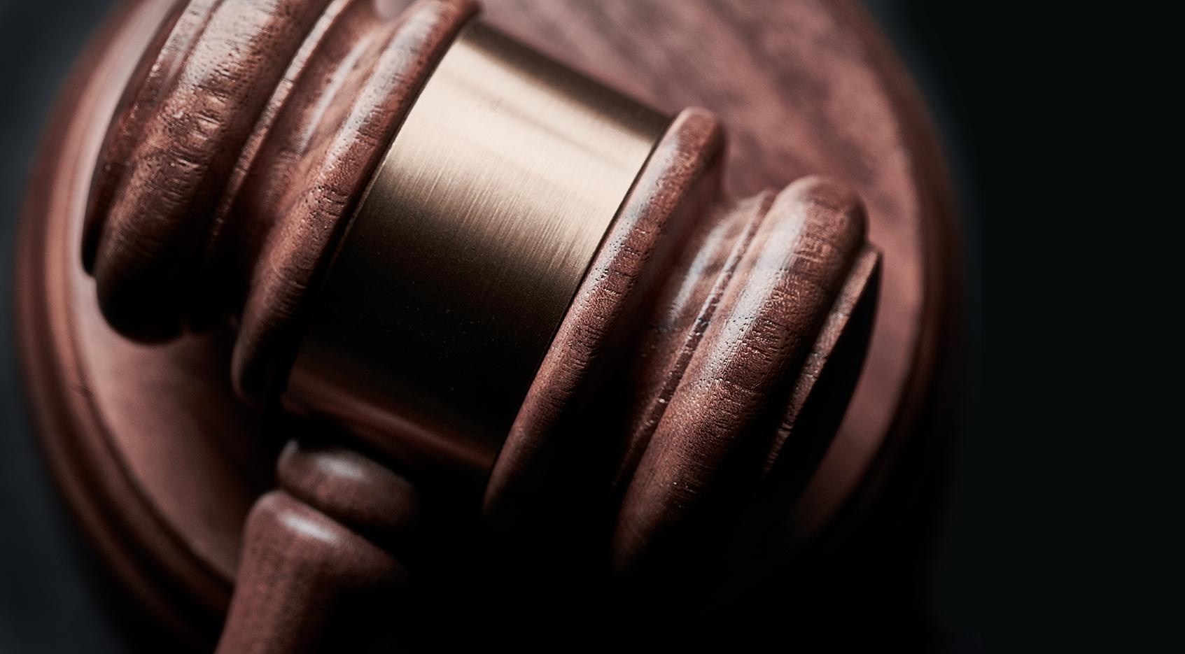 Close-up van hamer van rechter